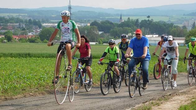 Cyklostezka spojující města Dobruška a Opočno.