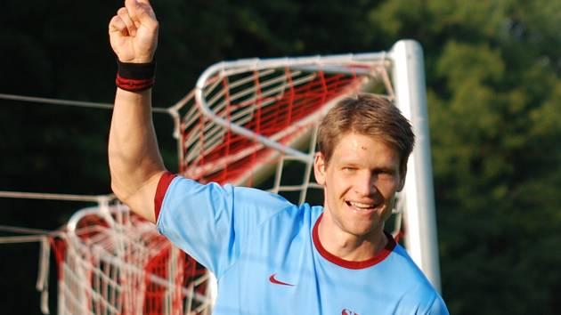 Častolovický kanonýr Tomáš Vik se ve vítězném utkání s Rokytnicí blýskl pěti góly.