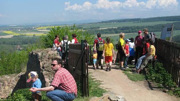 Pochod přes tři hrady se blíží, posílí doprava.