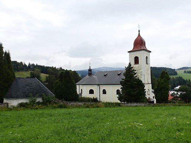 Kostel svaté Máří Magdaleny v Olešnici v Orlických horách.