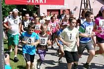 Přespolní běh areálem zdraví v obci Chábory.