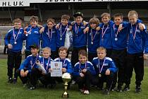 REPREZENTANTI OFS RYCHNOV U12 se v Hluku na Moravě po zásluze radovali ze zisku poháru a stříbrných medailí.