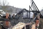Stodola u rodinného domku shořela ve čtvrtek dopoledne v Nové Vsi u Albrechtic nad Orlicí.