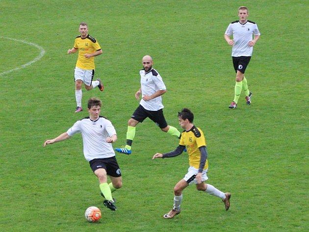 Krajský přebor ve fotbale: FC Spartak Rychnov nad Kněžnou - FK Chlumec nad Cidlinou.