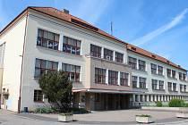 Základní škola v Meziříčí oslaví 80 let od založení.