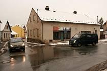 Křižovatka ulic Mostecká a Turkova.
