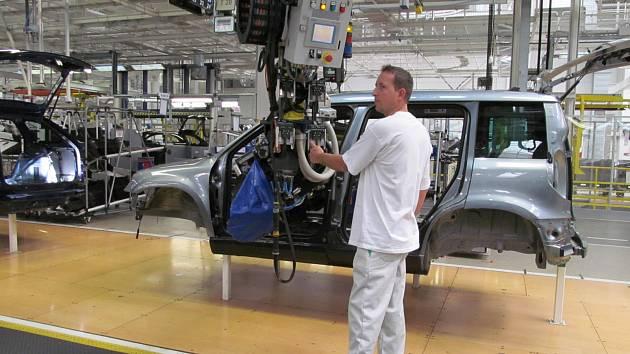 Výroba aut v Kvasinách