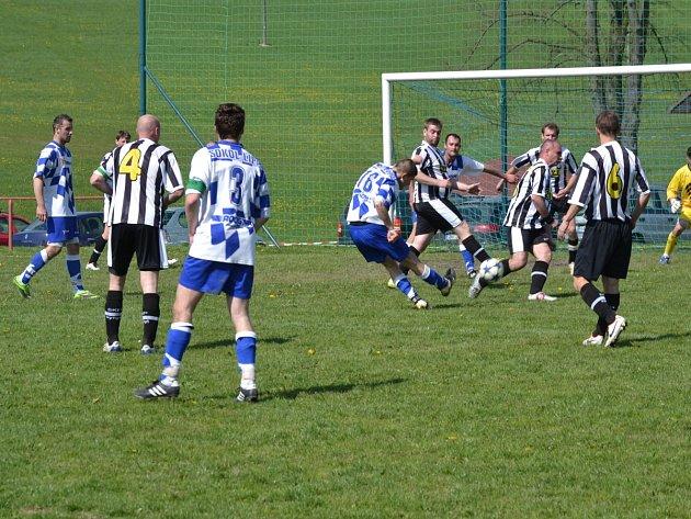 Fotbalisté B-týmu Javornice porazili rezervu Lípy nad Orlicí 2:1.