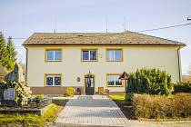 Škola v Dobřanech