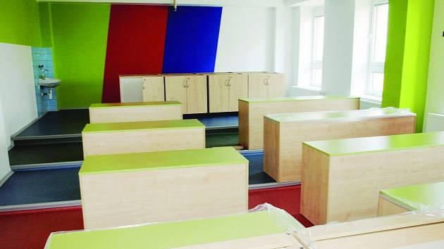 Voděradská základka nechala opravit učebnu přírodovědných předmětů, žákům i učitelům se líbí její vzhled i funkčnost
