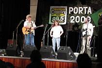 Chrudimská kapela Trefa na Podorlické Portě 2008.