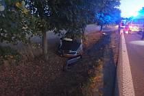 Havárie osobního automobilu u Solnice.