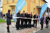 Slavnostní otevření týnišťského vlakového nádraží.