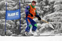 Ze Světového poháru skibobistů v Deštném v Orlických horách.