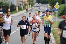 NA TRAŤ patnáctého ročníku Rychnov Classic Marathonu se vydají v neděli dopoledne z koupaliště ve Včelném desítky běžců  jak z rychnovského regionu, tak celé České republiky.