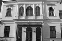 Jak jsme žili v Československu: Pelclovo divadlo v Rychnově nad Kněžnou.