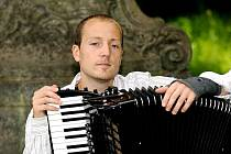 Vamberský akordeonista Jakub Jedlinský uspěl v mezinárodní konkurenci na soutěži ve Švýcarsku.