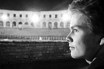 VIOLOCELLISTA Václav Pavel má na svém kontě mnohá nej. Vítěz mnoha soutěží, koncertní mistr České filharmonie (jeden z nejmladších v historii) je zapsán na listině mladých umělců Nadace Český hudební fond.