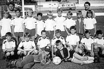 Okresní výběr dvanáctiletých fotbalistů v roce 1993.
