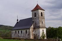 Kostel sv. Jana Nepomuckého na Vrchní Orlici u Bartošovic v Orlických horách.