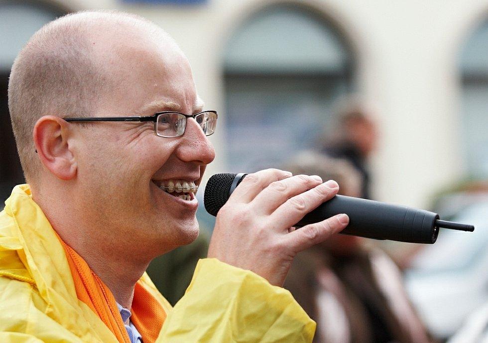 Předvolební mítink ČSSD v Rychnově nad Kněžnou (Bohuslav Sobotka).