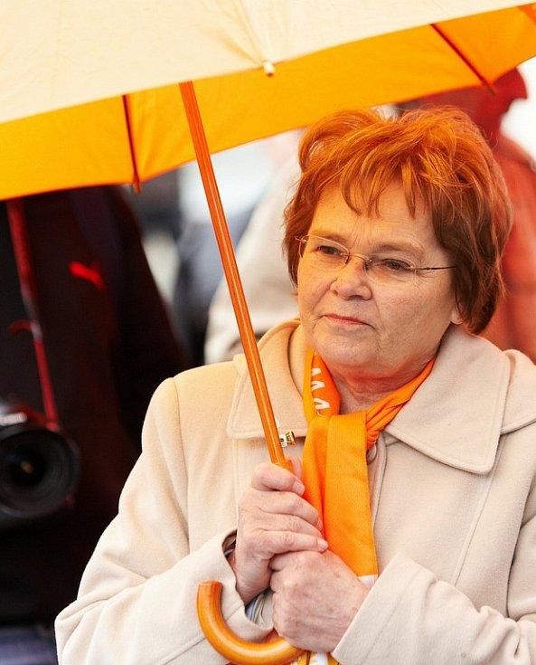 Předvolební mítink ČSSD v Rychnově nad Kněžnou (Hana Orgoníková).