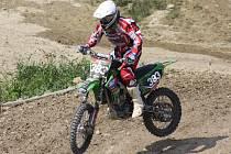 PAVEL ŠESTÁK nenašel v Rosicích nad Labem přemožitele a obě jízdy ve třídě Hobby MX2 suverénně vyhrál.