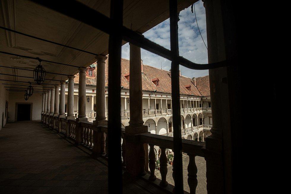 Arkády zámku.