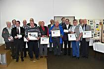 Členové ČSTV obdrželi ocenění za svou dlouholetou dobrovolnou činnost v tělovýchově a sportu.