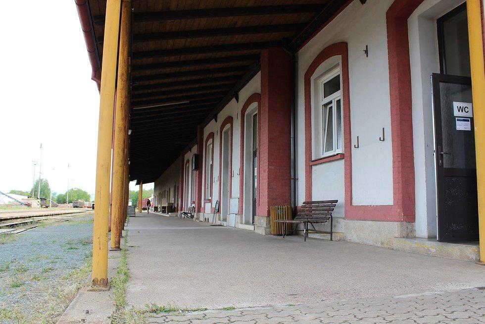 Na opočenském nádraží.