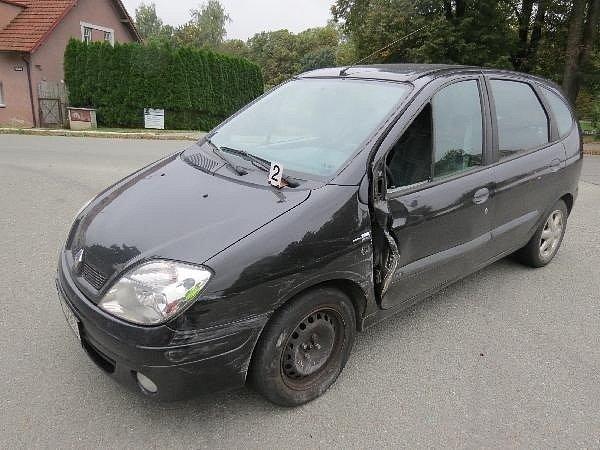 Nehoda osobního vozu