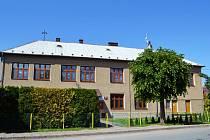 PENÍZE Z KRAJE pomohou také při zateplení budovy mateřské školy v Houdkovicích.