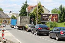 V Doudlebách nad Orlicí musí řidiči počítat s kyvadlovým provozem a kolonami.