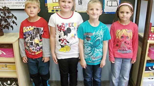 Prvňáčci ze základní školy ve Voděradech