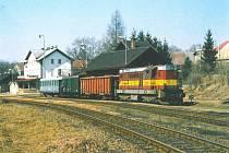Nádraží v Doudlebách nad Orlicí v 90. letech.