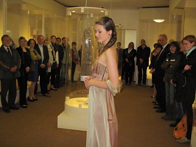 Muzeum krajky ve Vamberku opět otevřeno. Nechyběla ani módní přehlídka.