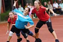 Sousedské souboje prvoligových národních házenkářek Dobrušky a Krčína mají vždy dramatický náboj.