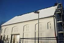 Budova bývalé sýpky v Rokytnici v Orlických horách se již déle než rok proměňuje v nové muzeum Orlických hor.