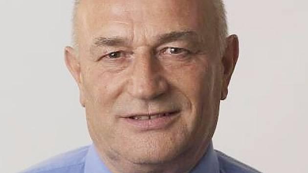 Milan Maček
