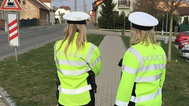 Policisté kontrolovali nejen řidiče na železničních přejezdech.