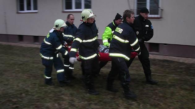 Pokus o sebevraždu v Dobrušce.