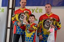 Orlický pohár získali v jediném dramatickém závodě klášterečtí jezdci Tomáš Krejsa a Jaroslav Brůna.