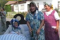 Téměř pravé Hoštice se povedlo napodobit občanům Vrbice v soutěži o titul Vesnice roku 2012.