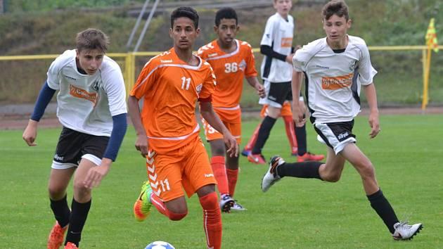 Rychnovští fotbalisté si zahráli se sportovci z Dubaje.