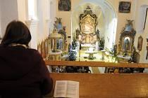 Kostely o svátcích doslova praskaly ve švech