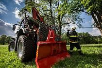 Unikátní traktor hasičů z Orlického Záhoří.