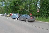 Do řetězové nehody se zapletla celkem čtyři auta.