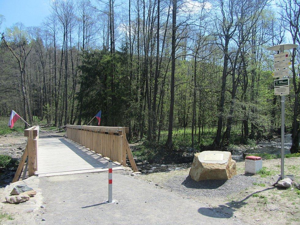 Jánský most, hraniční přechod do Polska.
