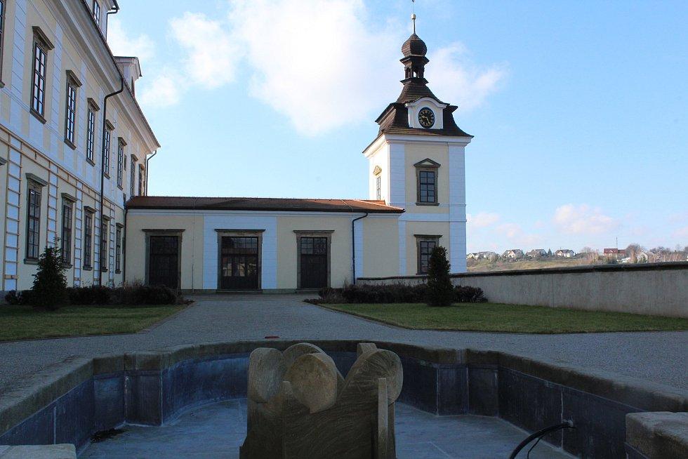 V Rychnově nad Kněžnou.