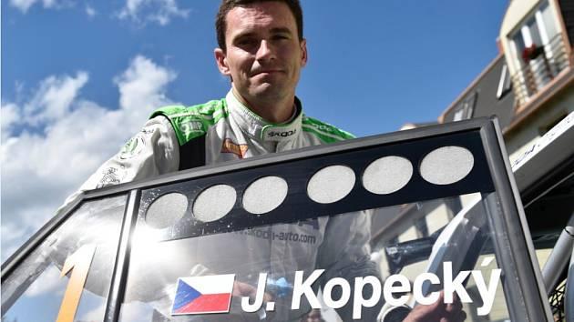 VÍTĚZ. Jan Kopecký ovládl Rallye Hustopeče, třetí díl mistrovství České republiky v automobilových soutěžích.